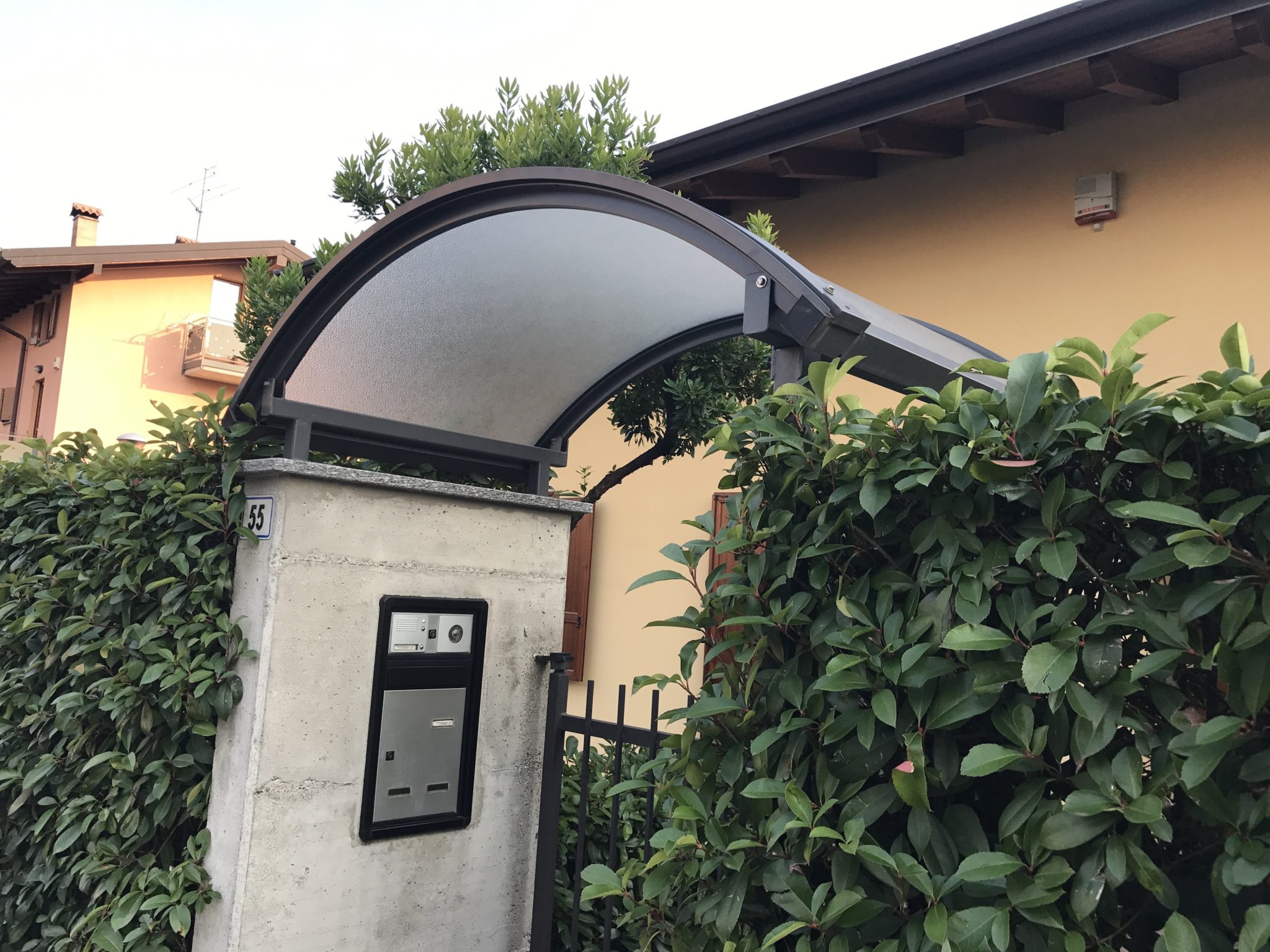 Pensilina Curva - Stezzano, Bergamo